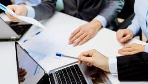 consultor seo en valencia - reunion de negocios